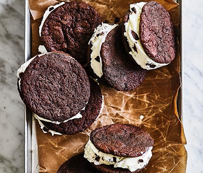 WinterRecipes2021_Ice cream sanwich_404x346